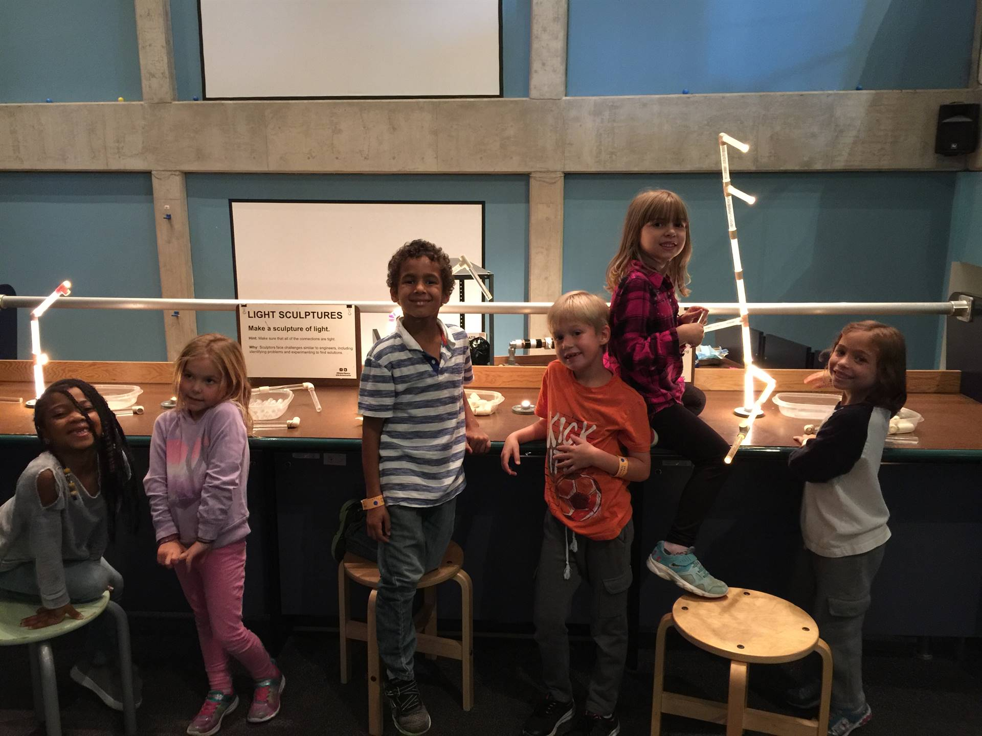 1st Grade Field Trip to the Science Center