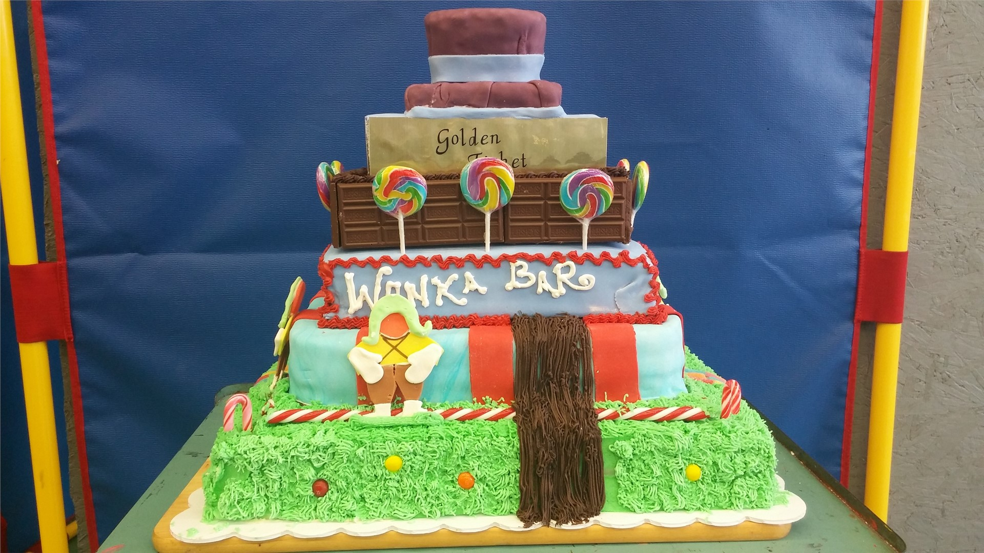 Front View of Winning Cake