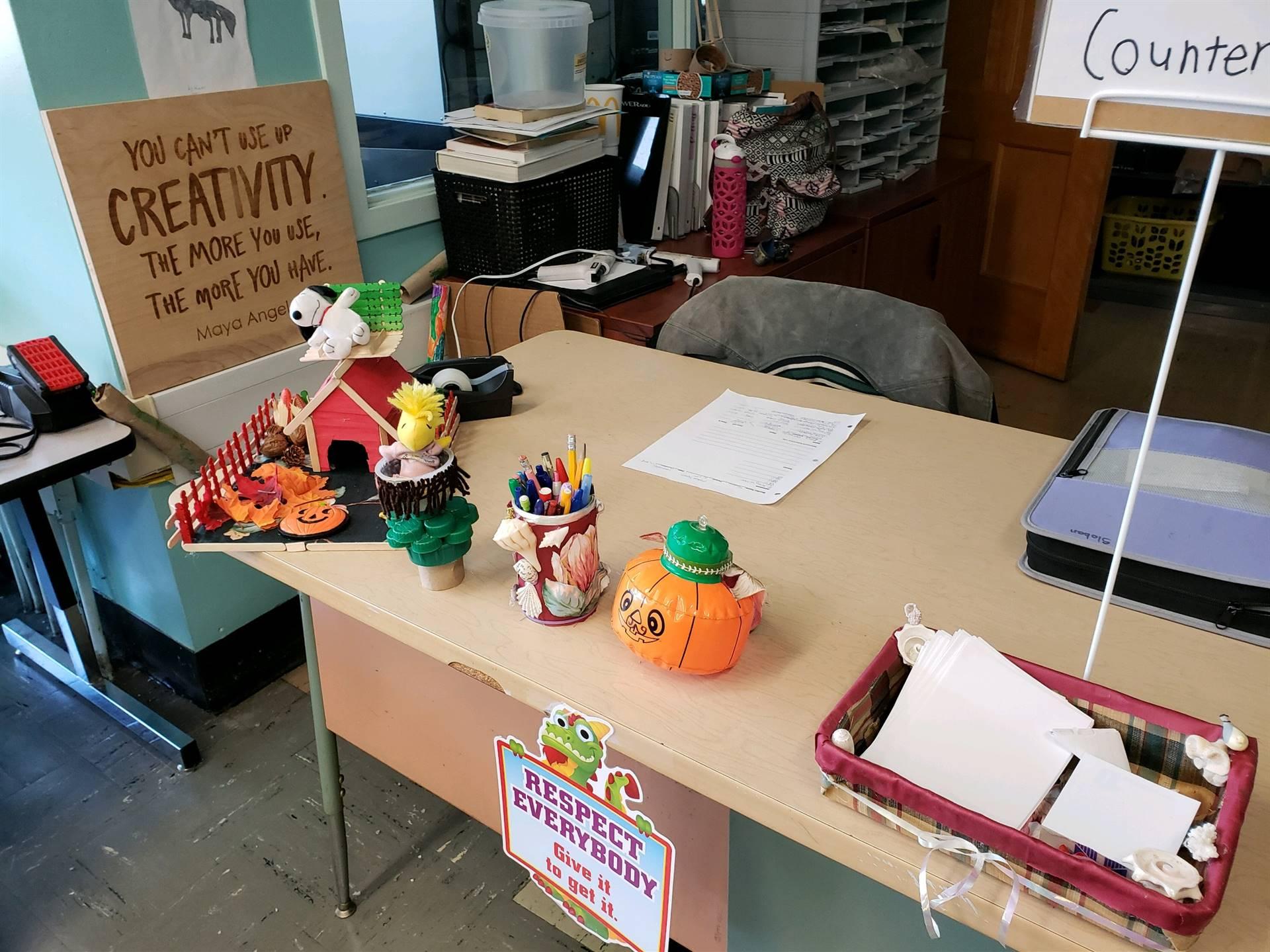 Desk Creations